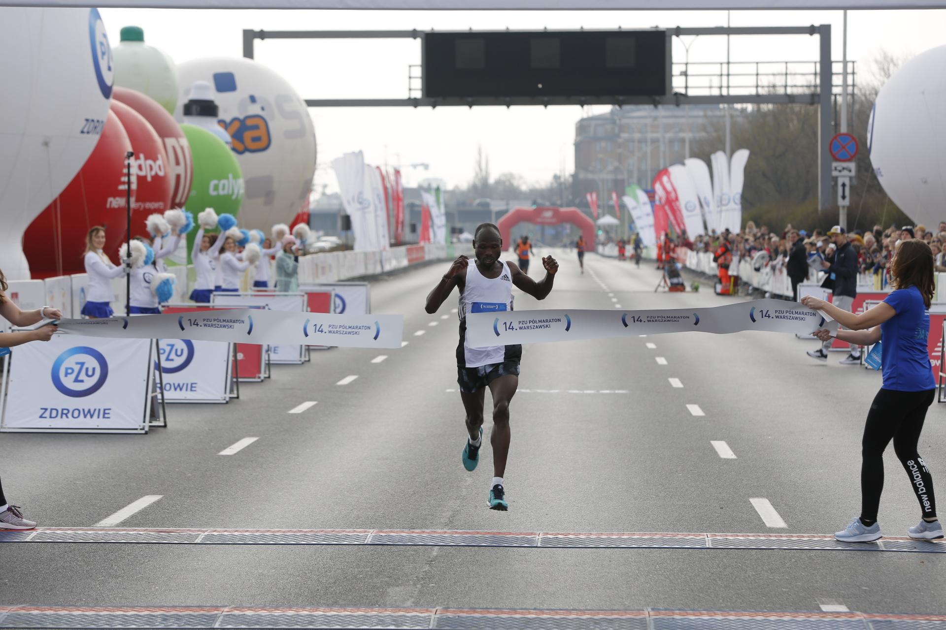 Kenijczycy triumfowali w  14. PZU Półmaratonie Warszawskim
