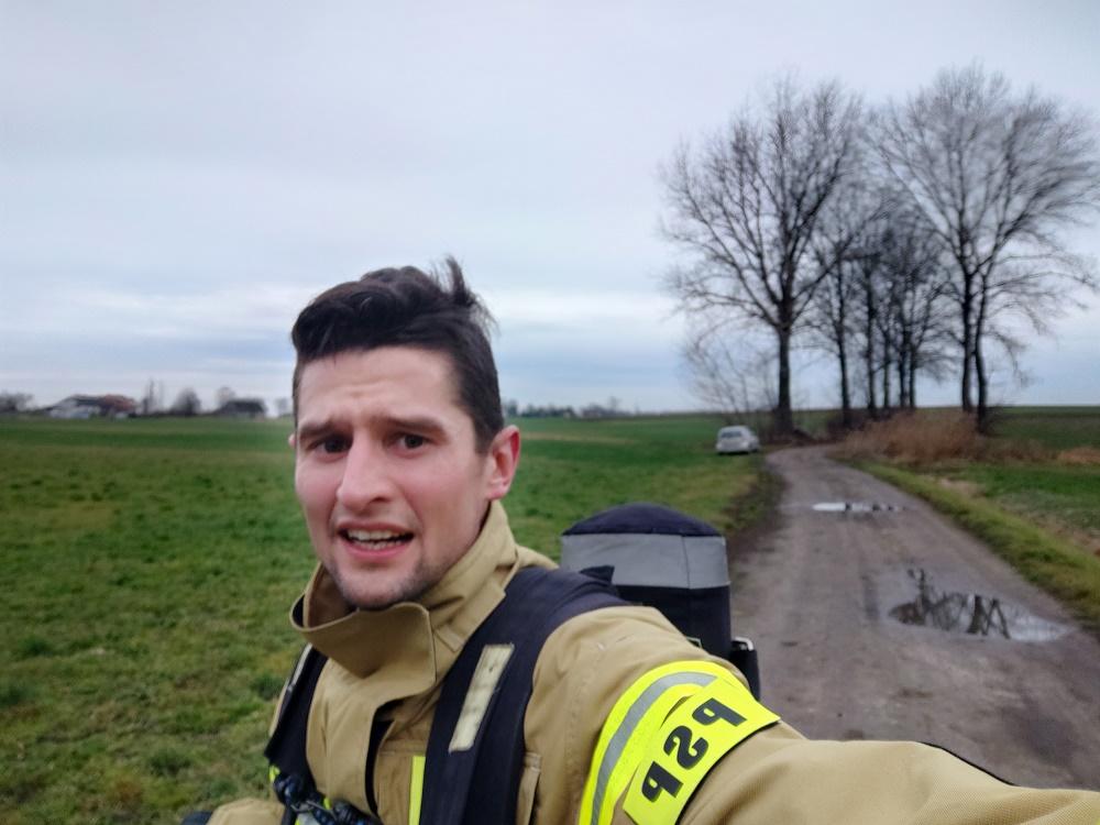 Nasz Patronat. Niecodzienne wyzwanie strażaka z Wielkopolski! W ratowniczym rynsztunku pobiegnie dla Marcelka!