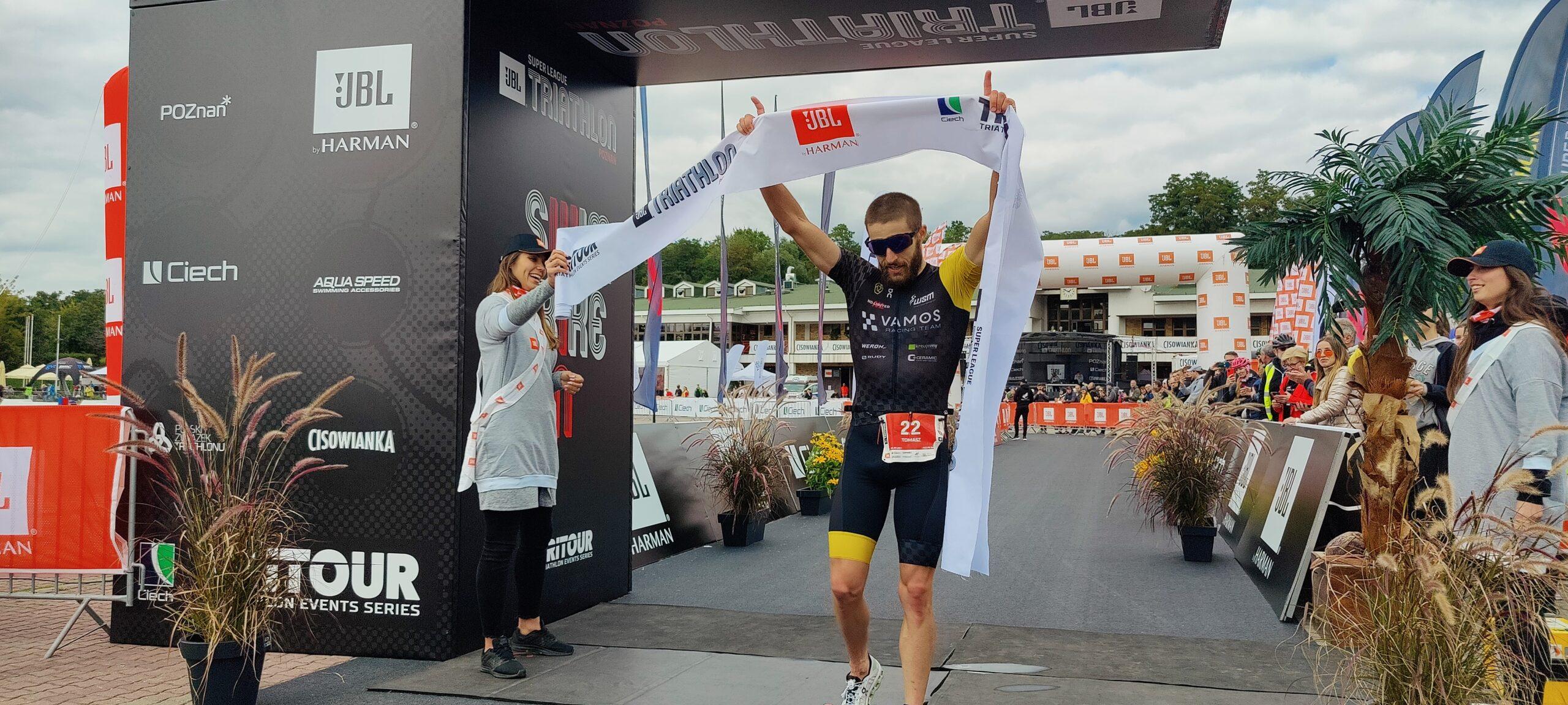 Relacja. JBL Super League Triathlon.  Tomasz Brembor i Maria Cześnik mistrzami Polski na średnim dystansie!